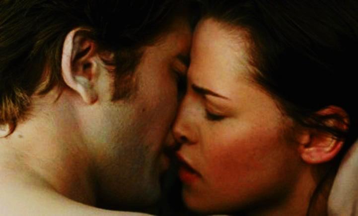 hot first kiss